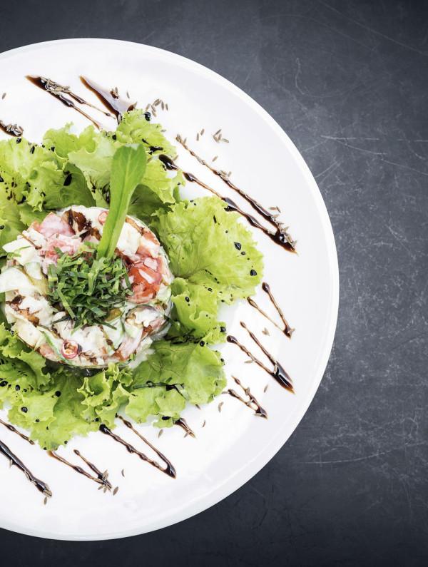 Gourmet fish tartare