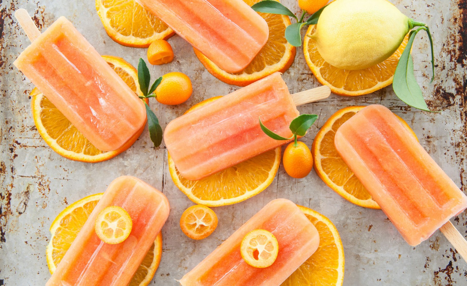 38655487 - homemade frozen popsicles made with oragnic fresh oranges